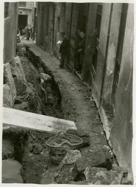 MMH-242-Obras de urbanización en la cuesta de la Sal_1960 - Fot Celestino