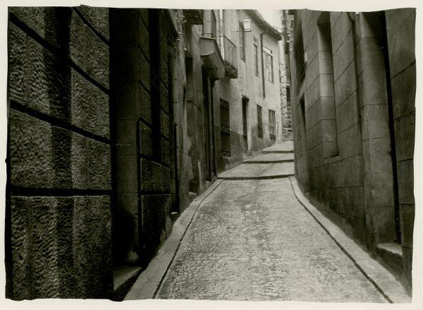 MMH-246-Obras de urbanización en la calle de la Sal_1960 - Fot Celestino