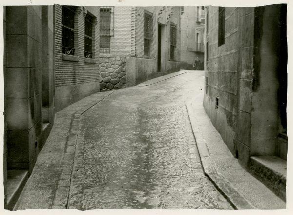 MMH-251-Obras de urbanización en la calle de la Sal_1960 - Fot Celestino