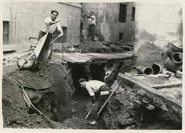 MMH-262-Obras de urbanización en la calle de San Ginés_1960 - Fot Celestino