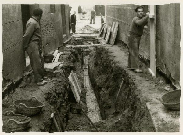 MMH-263-Obras de urbanización en la calle de San Ginés_1960 - Fot Celestino