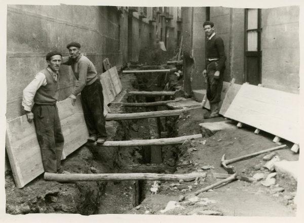 MMH-264-Obras de urbanización en la calle de San Ginés_1960 - Fot Celestino