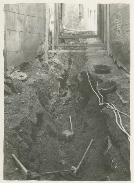 MMH-266-Obras de urbanización en el callejón de San Ginés_1960 - Fot Celestino