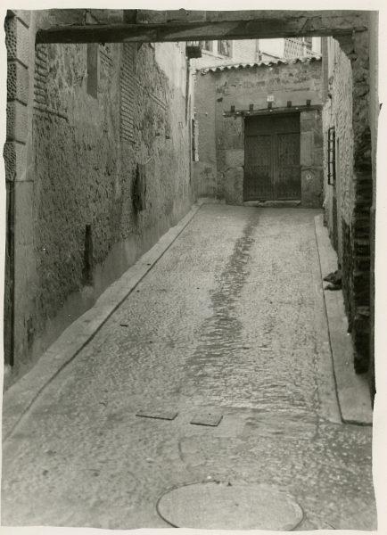 MMH-275-Obras de urbanización en el callejón de San Ginés_1960 - Fot Celestino