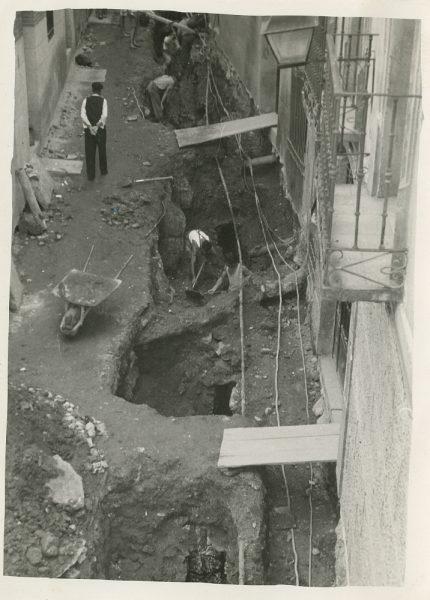 MMH-277-Obras de urbanización en la calle de la Granada_1960 - Fot Celestino