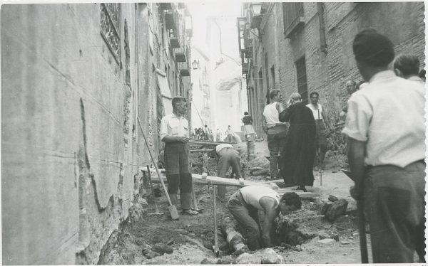 MMH-287-Obras de urbanización en la calle de Núñez de Arce_1960 - Fot Flores