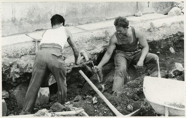 MMH-299-Obras de urbanización en la calle de Núñez de Arce_1960 - Fot Flores