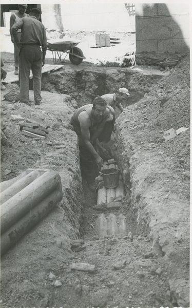 MMH-303-Obras de urbanización en la calle de Núñez de Arce_1960 - Fot Flores