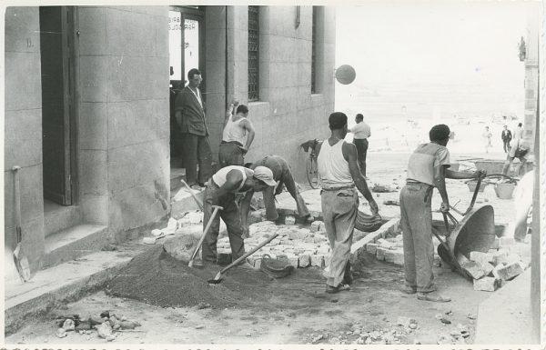 MMH-320-Obras de urbanización en la calle de Núñez de Arce_1960 - Fot Flores