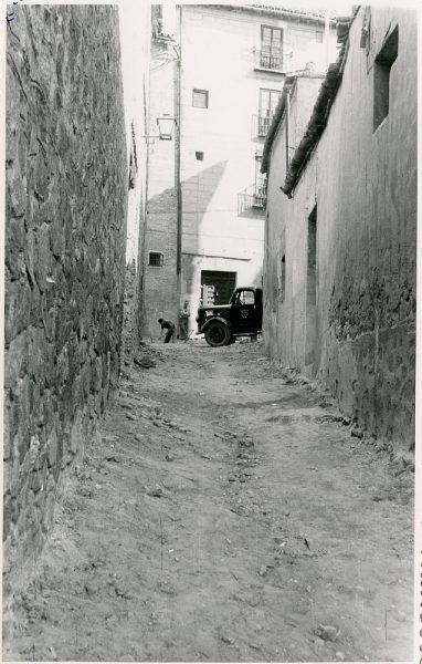 MMH-327-Obras de urbanización del callejón de San José_1960 - Fot Flores