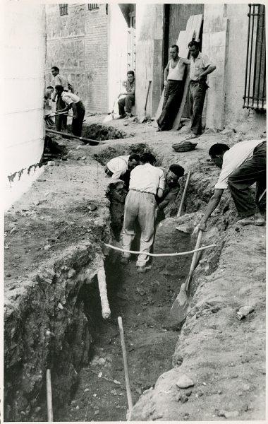 MMH-334-Obras de urbanización del callejón de San José_1960 - Fot Flores