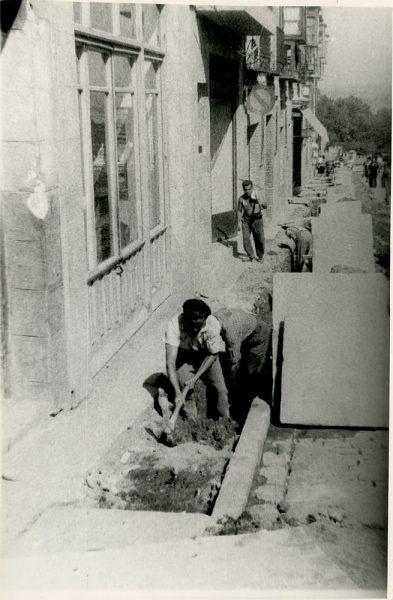 MMH-343-Obras de urbanización en la calle Venancio González_1960 - Fot Flores