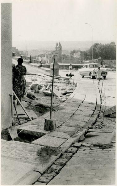 MMH-349-Obras de urbanización en la calle Venancio González_1960 - Fot Flores