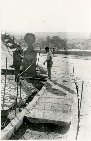 MMH-350-Obras de urbanización en la calle Venancio González_1960 - Fot Flores