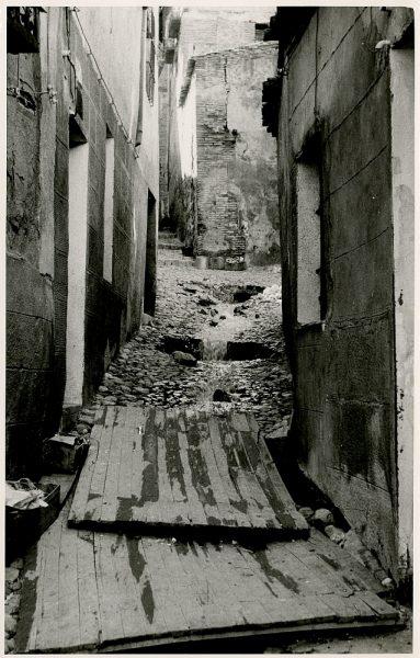 MMH-364-Obras de urbanización en la calle Zarzuela_1960 - Fot Flores