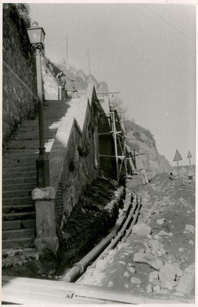 MMH-374-Obras de urbanización junto al tramo de murallas de la calle Gerardo Lobo_1960 - Fot Flores