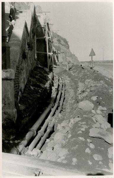 MMH-375-Obras de urbanización junto al tramo de murallas de la calle Gerardo Lobo_1960 - Fot Flores