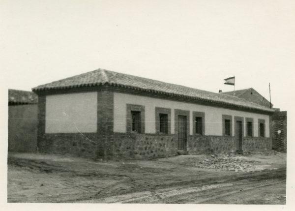 MMH-384-Obras de contrucción de viviendas unifamiliares en Santa Bárbara_1960