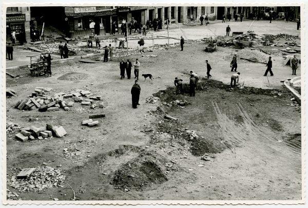 MMH-390-Obras de urbanización de la plaza de Zocodover_1961 - Fot Flores