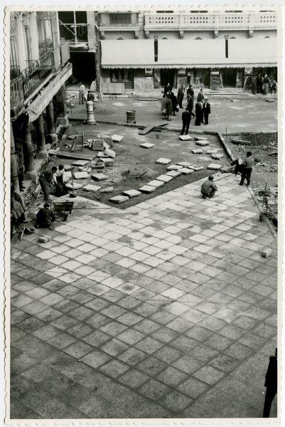 MMH-405-Obras de urbanización de la plaza de Zocodover_1961 - Fot Flores