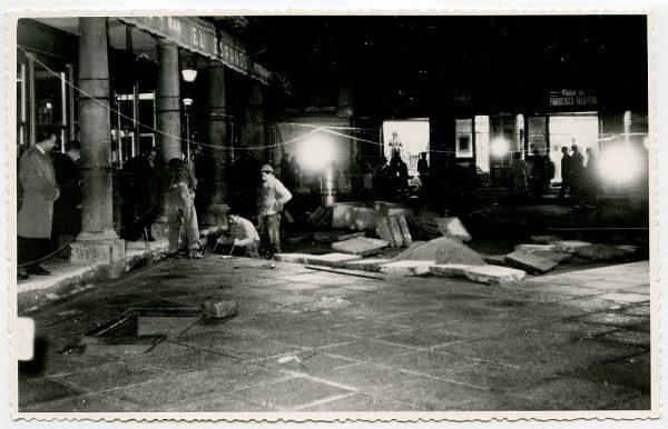 MMH-408-Obras de urbanización de la plaza de Zocodover_1961 - Fot Flores