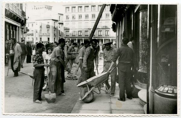 MMH-419-Obras de urbanización de la plaza de Zocodover_1961 - Fot Flores