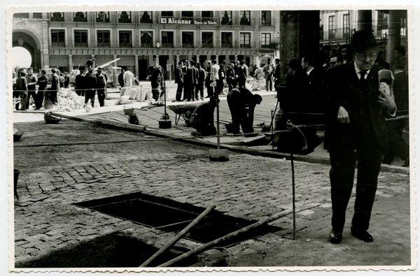 MMH-422-Obras de urbanización de la plaza de Zocodover_1961 - Fot Flores