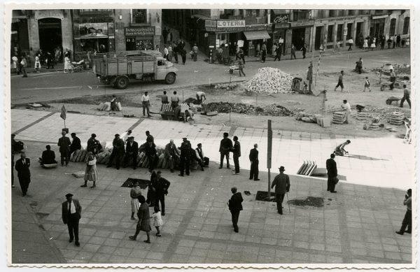 MMH-431-Obras de urbanización de la plaza de Zocodover_1961 - Fot Flores
