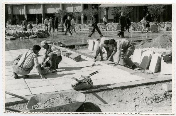 MMH-433-Obras de urbanización de la plaza de Zocodover_1961 - Fot Flores