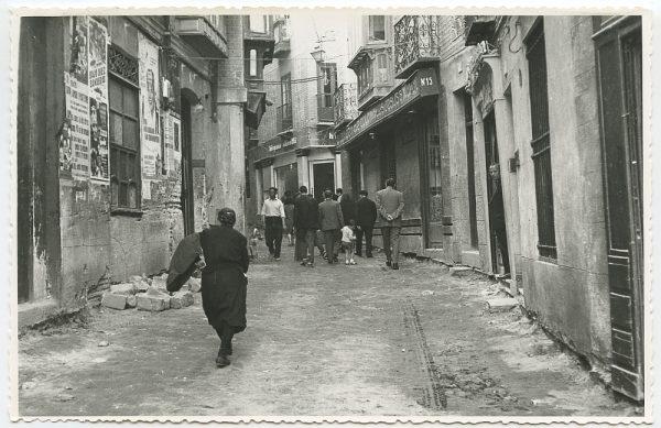 MMH-448-Obras de urbanización en la calle Sillería_1961 - Fot Flores