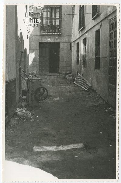 MMH-449-Obras de urbanización en la calle Sillería_1961 - Fot Flores
