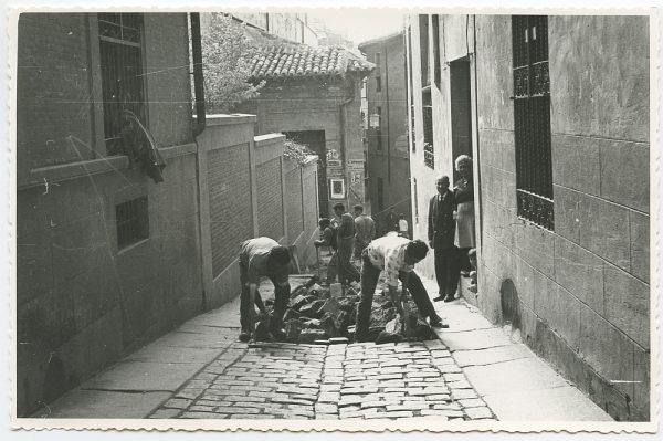 MMH-452-Obras de urbanización en la calle Sillería_1961 - Fot Flores