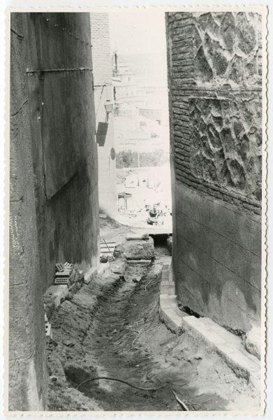MMH-463-Obras de urbanización en la cuesta del Águila_1961 - Fot Flores