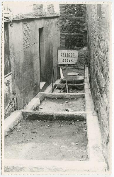 MMH-467-Obras de urbanización en la cuesta del Águila_1961 - Fot Flores