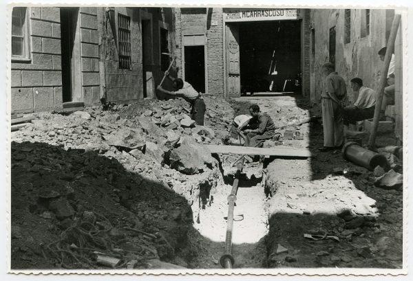 MMH-469-Obras de urbanización en el Corral de la Campana_1961 - Fot Flores