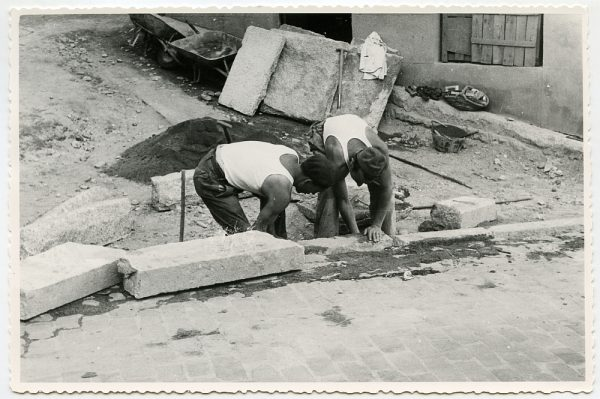 MMH-473-Obras de urbanización en el Corral de la Campana_1961 - Fot Flores