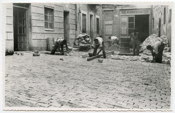 MMH-474-Obras de urbanización en el Corral de la Campana_1961 - Fot Flores