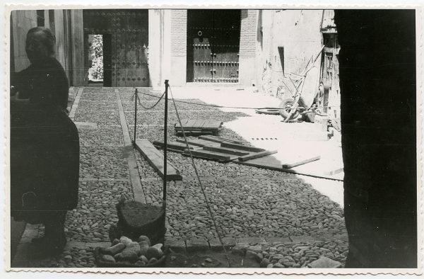MMH-493-Obras de urbanización en el callejón de Gigantones_1961 - Fot Flores