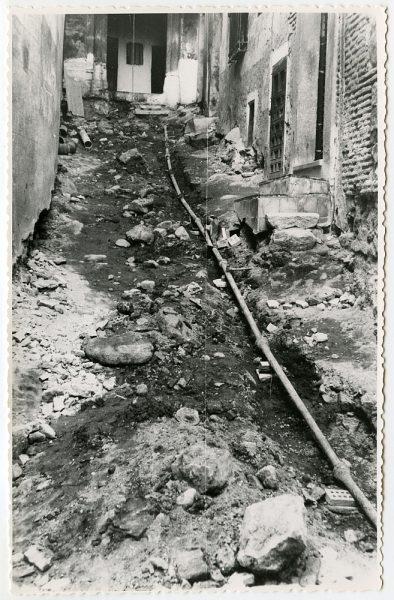 MMH-495-Obras de urbanización en el callejón de Agustín Moreto_1961 - Fot Flores