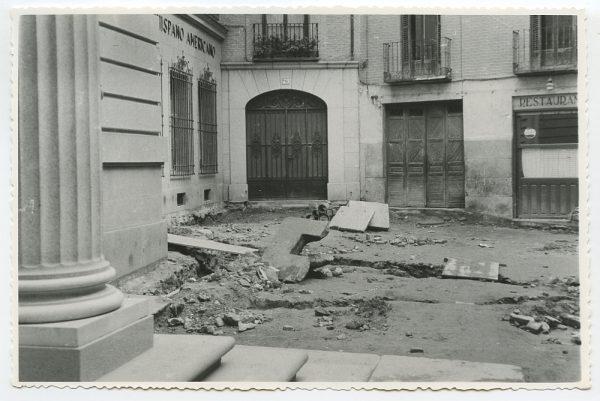 MMH-500-Obras de urbanización en la calle Nueva_1961 - Fot Flores