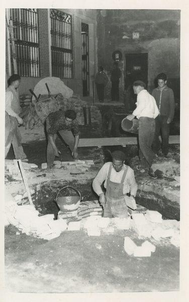 MMH-503-Obras de urbanización en la calle de las Cadenas_1961 - Fot Flores