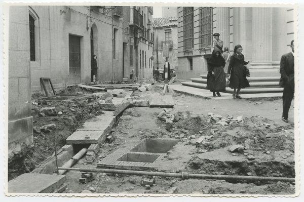 MMH-505-Obras de urbanización en la calle Nueva_1961 - Fot Flores