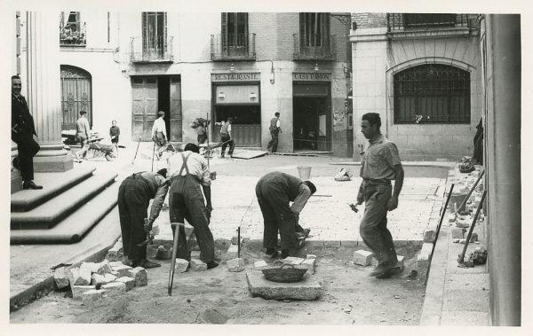 MMH-516-Obras de urbanización en la calle Nueva_1961 - Fot Flores