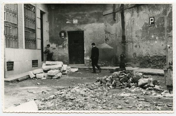 MMH-520-Obras de urbanización en la calle de las Cadenas_1961 - Fot Flores