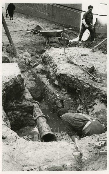MMH-522-Obras de urbanización en la calle de las Cadenas_1961 - Fot Flores