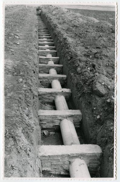 MMH-577-Obras de abastecimiento de agua en paraje desconocido_ca 1963 - Fot Flores