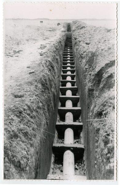 MMH-579-Obras de abastecimiento de agua en paraje desconocido_ca 1963 - Fot Flores
