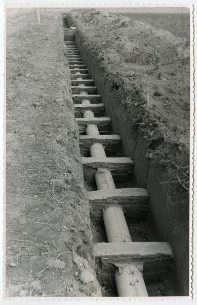 MMH-580-Obras de abastecimiento de agua en paraje desconocido_ca 1963 - Fot Flores