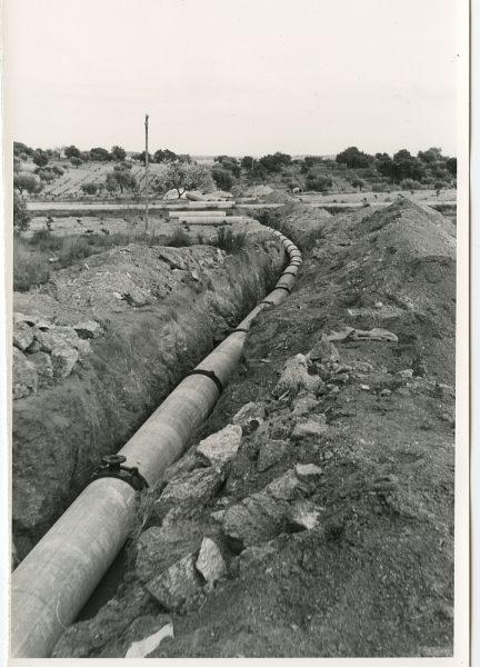 MMH-586-Obras de abastecimiento de agua al Polígono_ca 1967 - Fot Flores