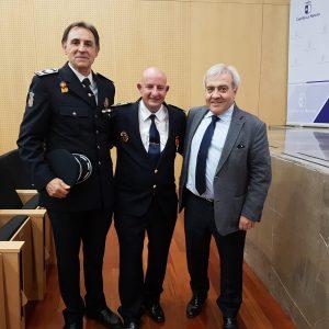 El Ayuntamiento reconoce la labor de Protección Civil y asiste al homenaje del Gobierno regional al jefe de la agrupación toledana